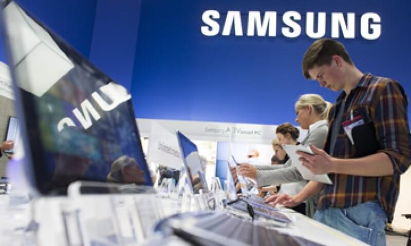 Samsung informó que asegurará la disponibilidad de sus productos innovadores en EU. (Foto: AP)