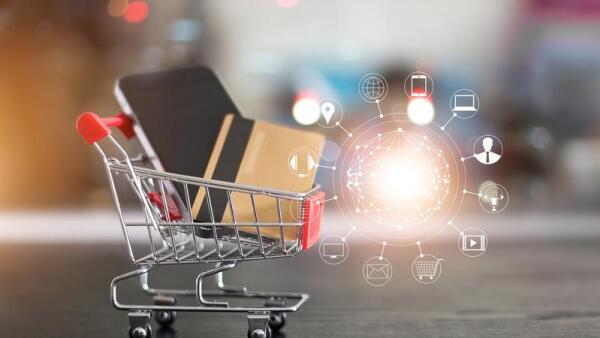 La estrategia de las tiendas 'todo en uno' gana terreno en México