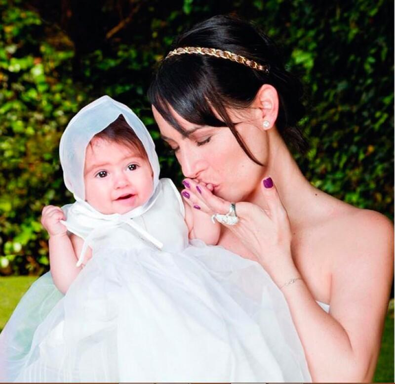 La actriz y conductora festejó el bautizo de su segunda hija en una ceremonia llena de amor y bendiciones.