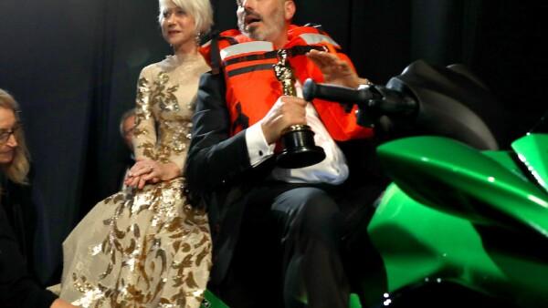 Mark Bridges ganó un Oscar y una moto acuática por el discurso más corto