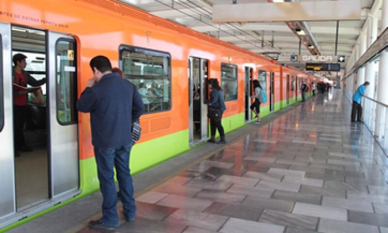 El costo del Metro se mantendrá en cinco pesos el próximo año, según el Gobierno del DF. (Foto: Notimex )