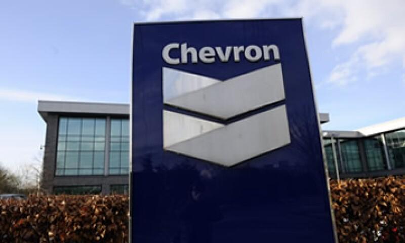 Con la alianza anunicada este miércoles, Chevron recupera 36% del pozo Gibson. (Foto: AFP )