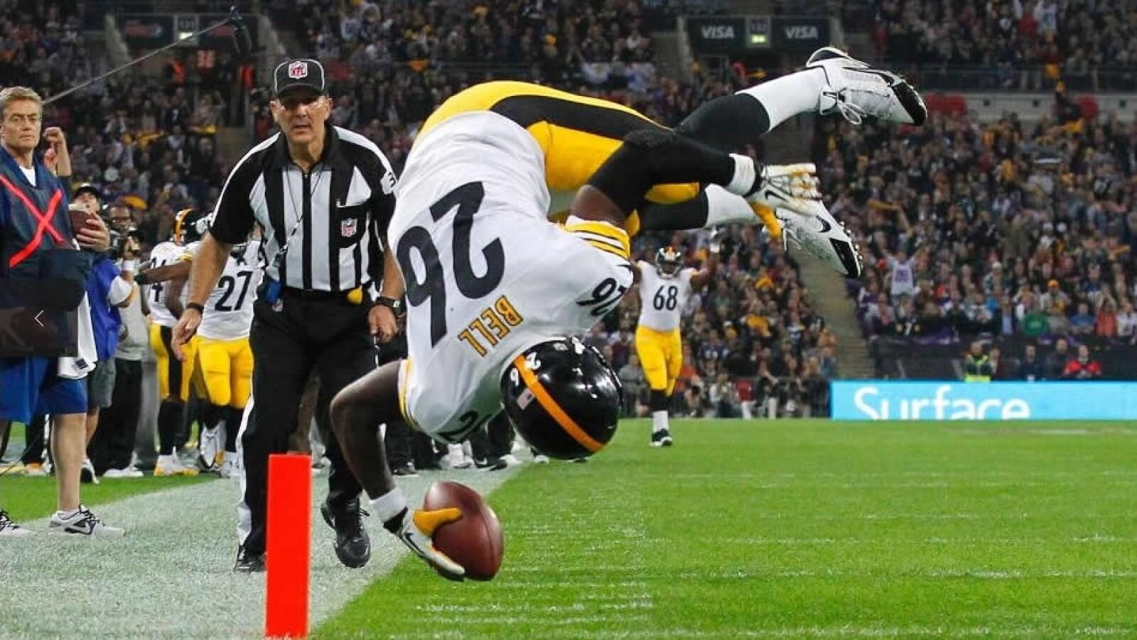 Acereros de Pittsburgh corredor touchdown