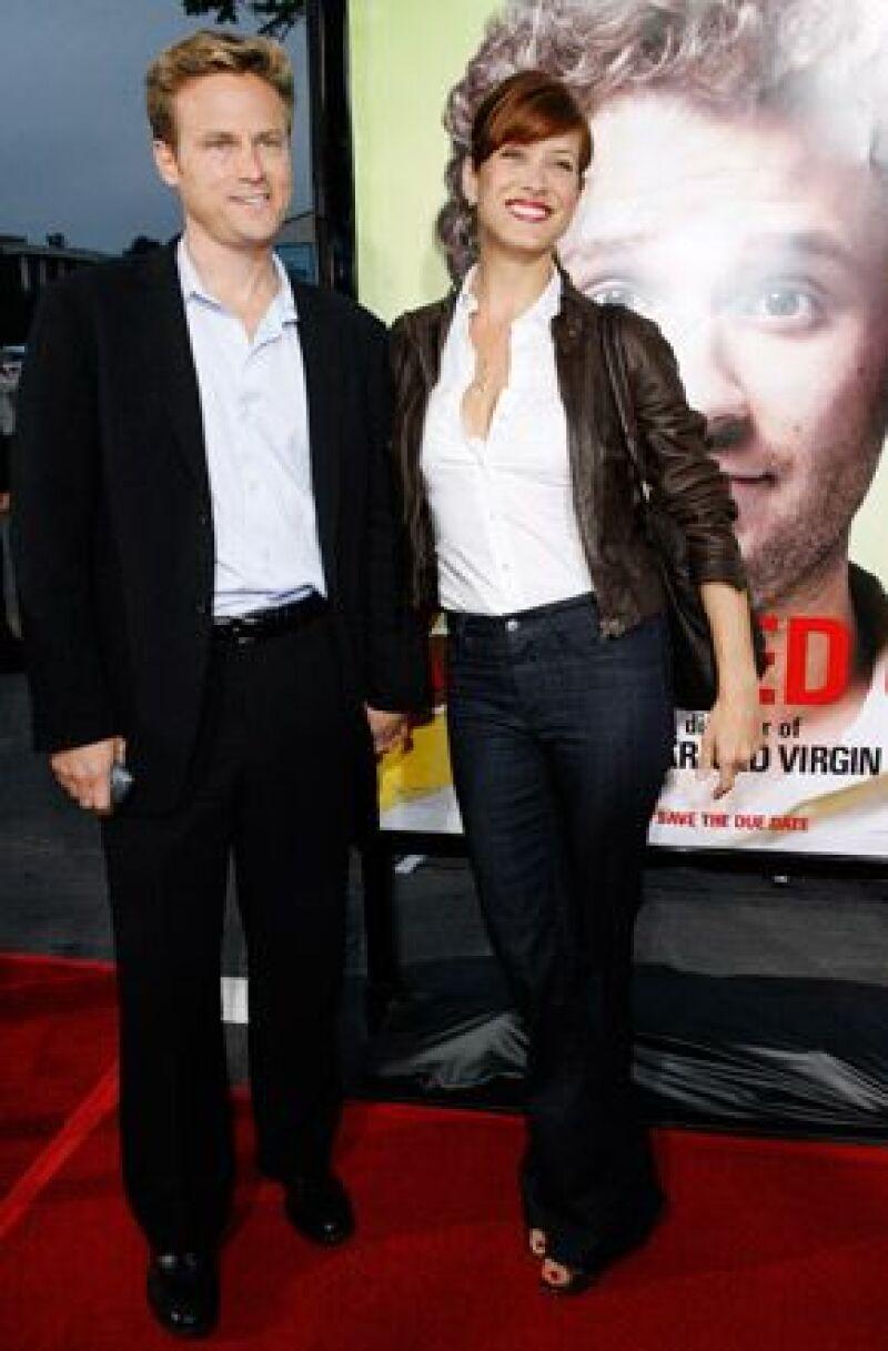 Después de un año de matrimonio, la actriz está tramitando la separación de su esposo Alex M. Young, quien en la demanda cita &#39diferencias irreconciliables&#39.