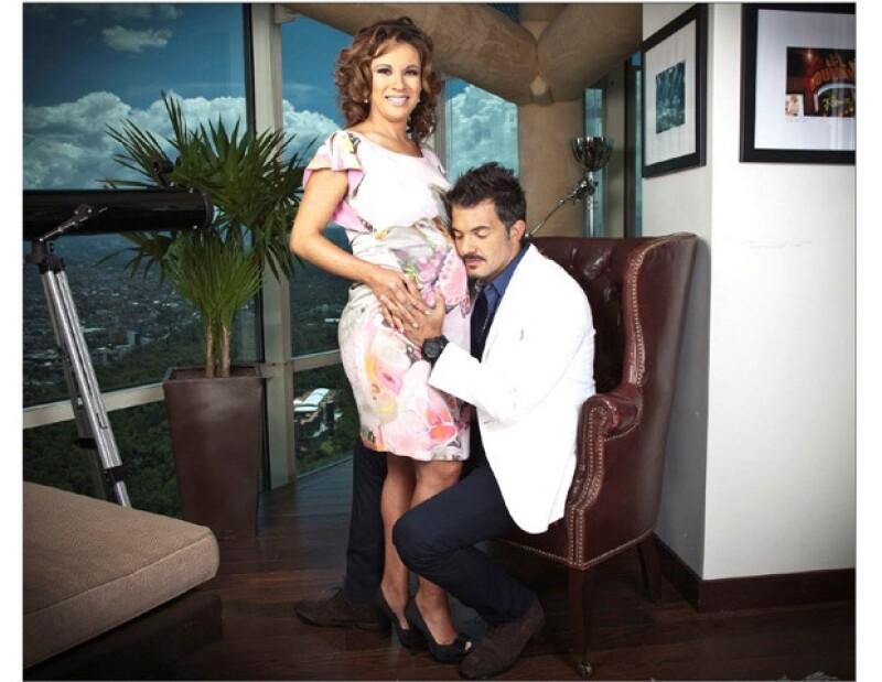 Fernando e Ingrid se encuentran más enamorados que nunca y aseguraron en este momento de sus vidas no les hace falta nada.