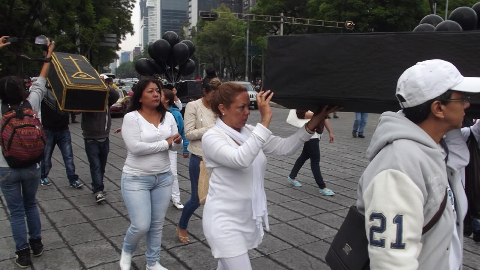 """""""Estamos mal, reviviendo todo, como al principio, mi esposo y mi familia estamos muy mal"""", dijo Leticia Moreno, madre de los hermanos Josué y Aarón"""