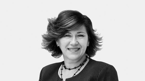 Elizabeth Nejamen