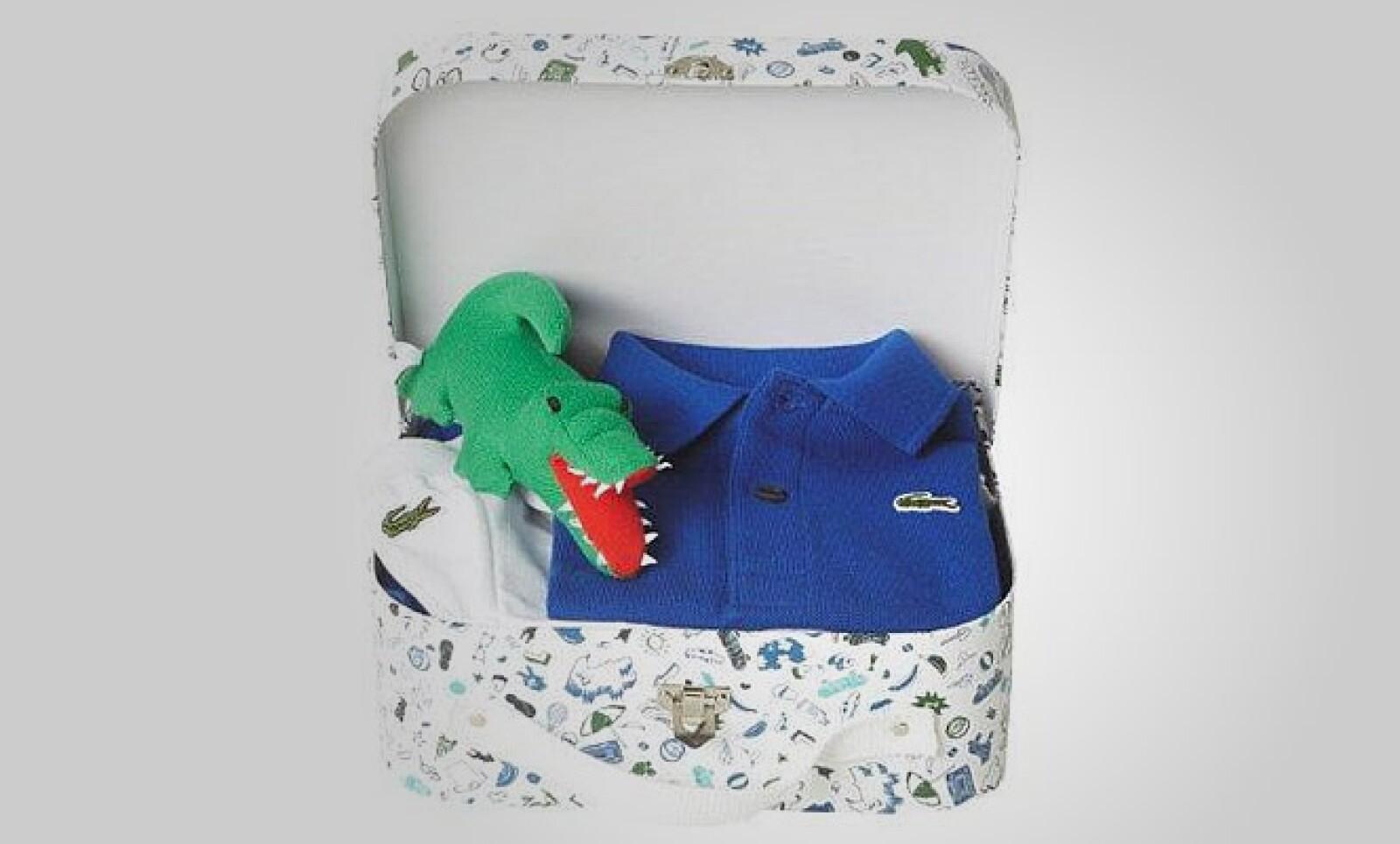 Lacoste piensa en los pequeños y diseñó esta colección pensada en niños y niñas, a partir de 1 año de edad.