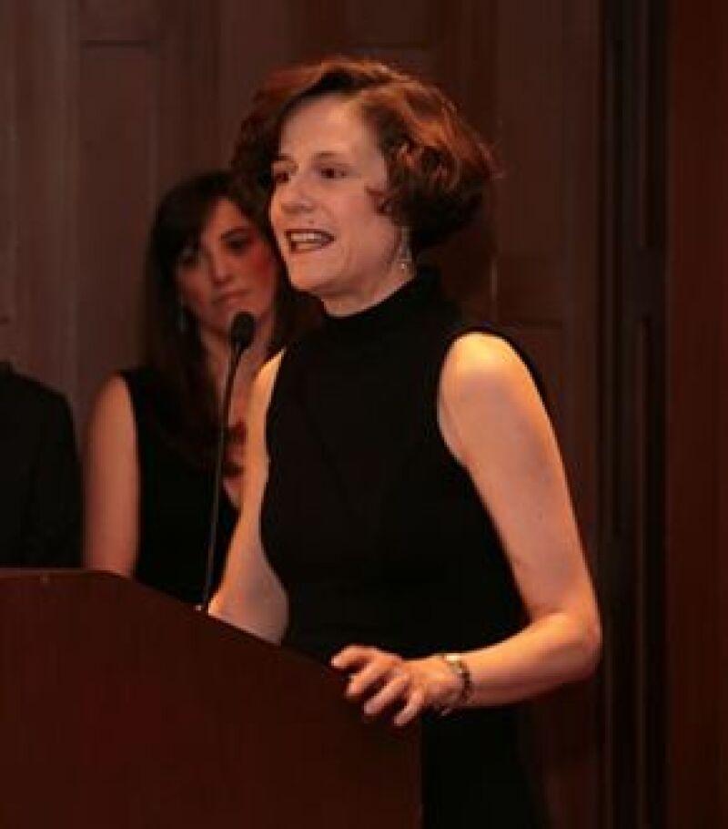 La periodista y analista política en el momento de su discurso, en la entrega de reconocimientos de Quién 50.