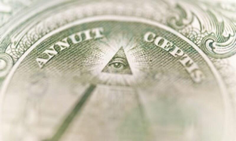 Si sólo se reducen los gastos en 1.5 bdd, la deuda acumulada aún estará en vías de crecer a más la economía.  (Foto: Photos to Go)