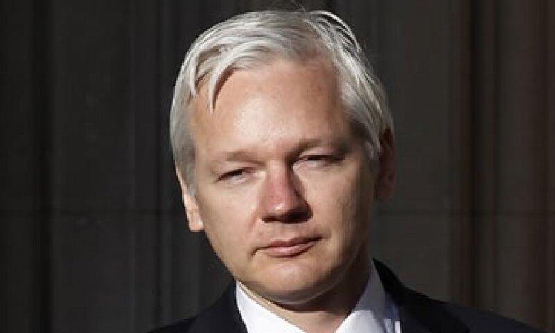Assange sostiene que las acusaciones en su contra tienen una motivación política. (Foto: Reuters)