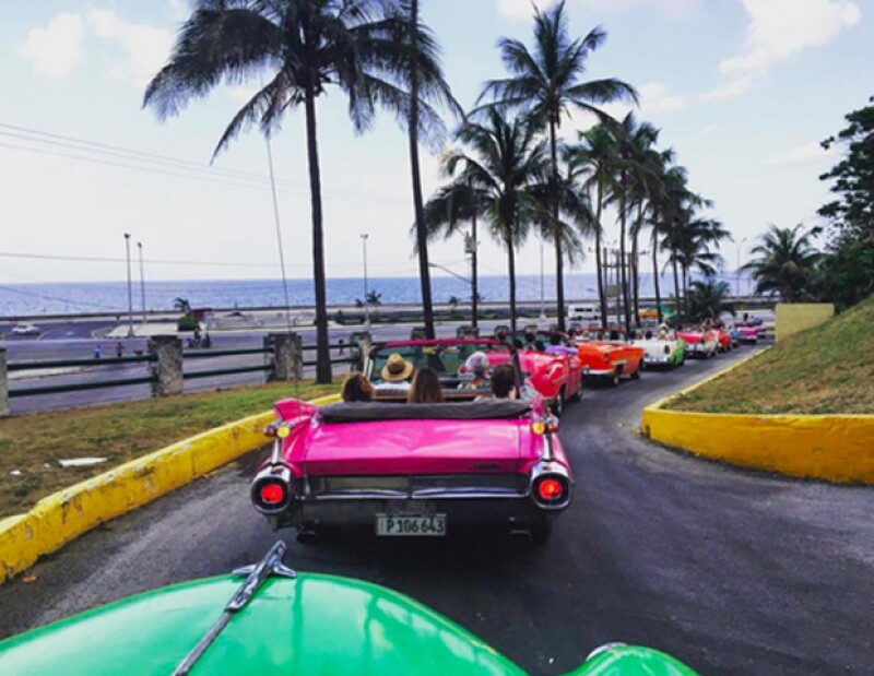 El desfile de la firma francesa coincide con un momento histórico para el país y Quién® estuvo ahí para contarlo. Entre lo más sorprendente: todos los cubanos salieron de sus balcones para verlo.