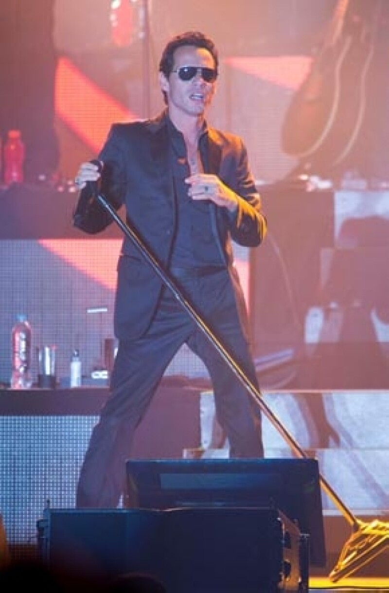 Ayer por la noche el cantante de salsa se presentó en el puerto de Acapulco ante un auditorio repleto, que no dejó de bailar en toda la noche.