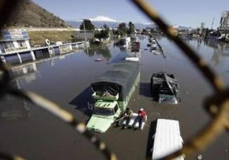 Las lluvias en el Estado de México ocasionaron una inundación y decesos. (Foto: Reuters)