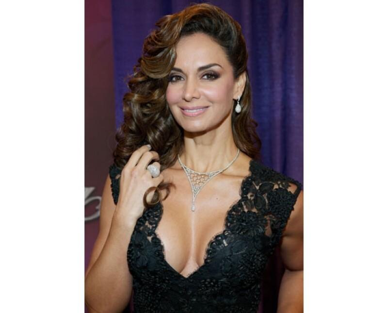 Lupita Jones es la primera mexicana que ganó el concurso Miss Universo en 1991 y actualmente es la directora de Nuestra Belleza México.
