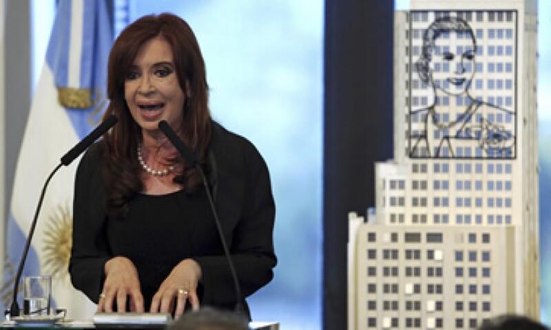El Gobierno de Cristina Fernández ha acusado a la firma de bajas inversiones para explorar los campos de shale gas. (Foto: Reuters)