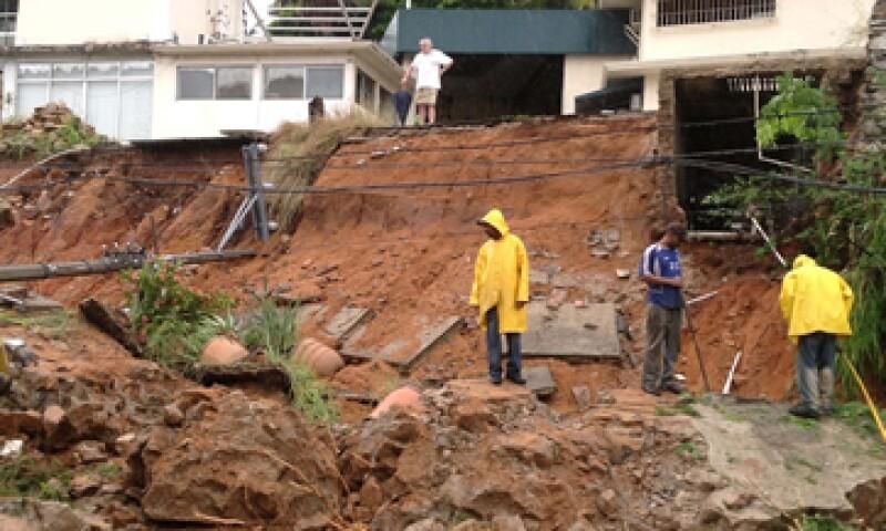 Guerrero, el estado más afectado por las lluvias, necesitará  una ayuda de 5,000 mdp, estimó el gobernador Ángel Aguirre. (Foto: Notimex)