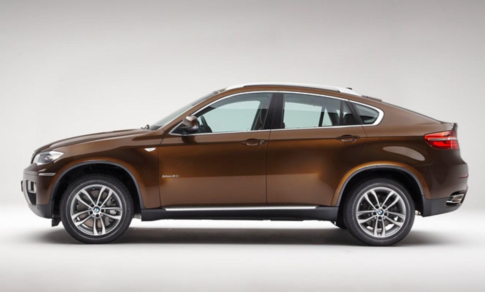 Si bien la motorización continúa igual a su anterior versión, presenta una estética moderna y más dinámica, y un nivel de equipamiento mayor.