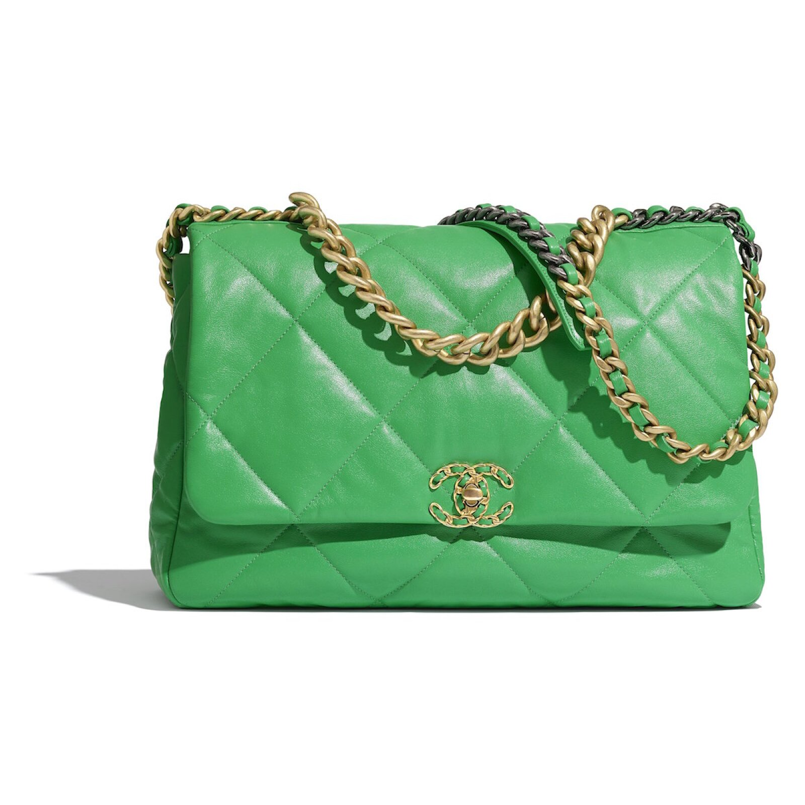 CHANEL05_AS1162_B02875_N6512_The_CHANEL_19_bag_in_green_leather.jpg