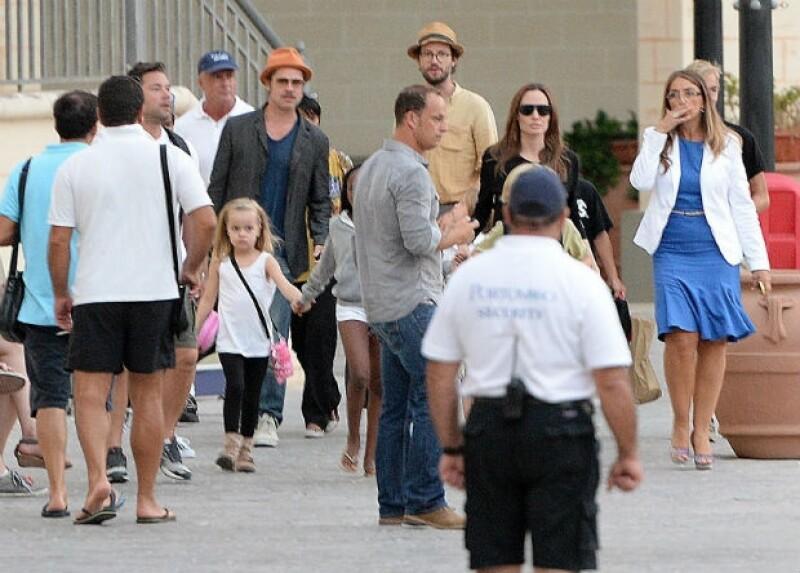 Después de su boda, la familia se trasladó a Malta.