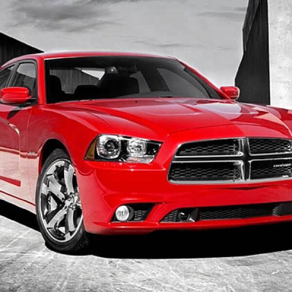 Uno de los modelos insignia de Dodge en los Estados Unidos se renueva con algunos cambios en su diseño, alto rendimiento y buena relación precio-calidad.