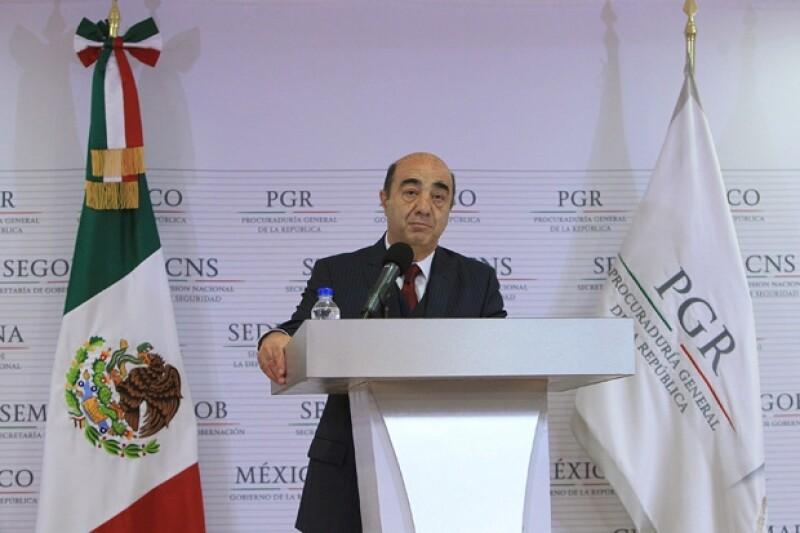 Procurador de justicia Jesús Murillo Karam en conferencia de prensa sobre el caso Ayotzinapa.