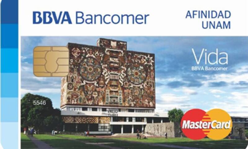 La tarjeta tiene una anualidad de 560 pesos más IVA.  (Foto: Cortesía BBVABancomer )
