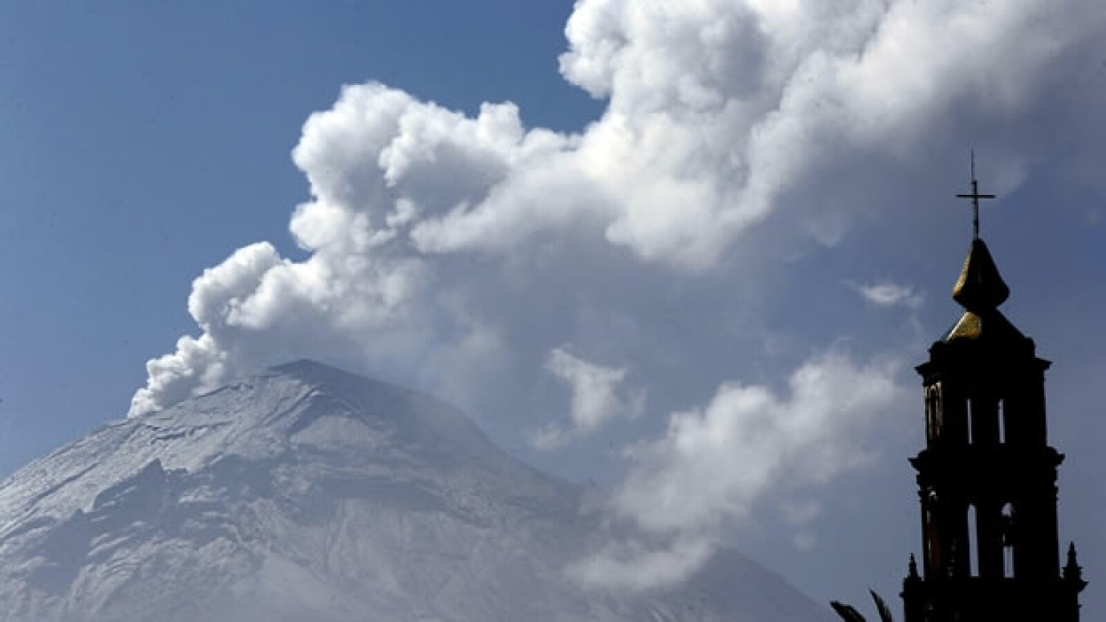 fumarola del volcan popocatepetl