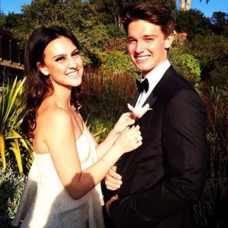 Para su fiesta de graduación, el apuesto joven de 18 años eligió a la chica ideal para compartir la pista de baile: Jade Iovine, hija de un multimillonario empresario de la música.