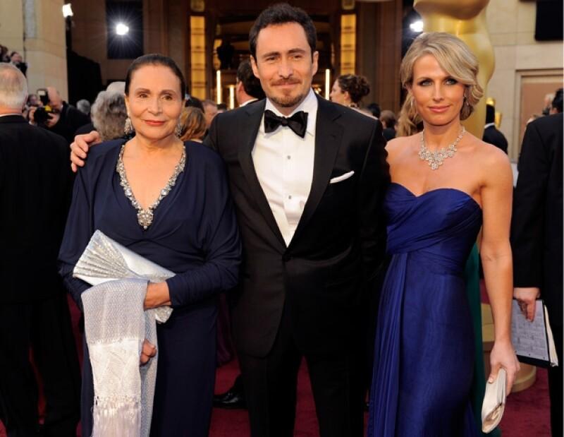"""En cada oportunidad que tiene, Demian """"grita a los cuatro vientos"""" su amor por Stefanie y reconoce la admiración por su mamá, la también actriz Maricruz Nájera."""