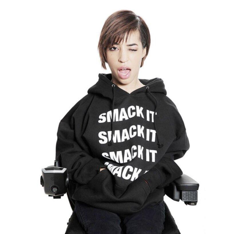 Jillian Mercado, quien padece de distrofia muscular, formará parte de la nueva línea de productos de la cantante que consta de camisetas, gorros, sudaderas y accesorios.