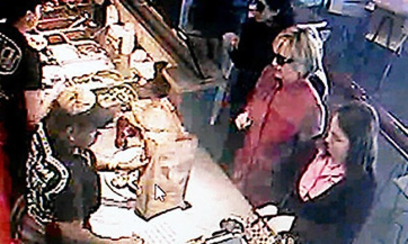 La exprimera dama no fue reconocida por los clientes de un Chipotle en Ohio. (Foto: Tomada de CNNMoney)