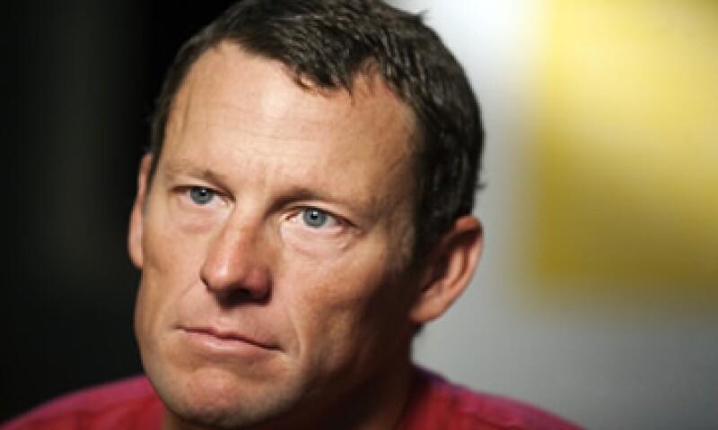 A Lance Armstrong le arrebataron el año pasado sus siete títulos. (Foto: AP)