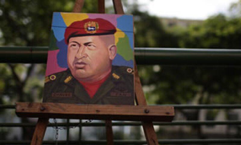Hugo Chávez ha utilizado los recursos de la exportación de crudo para financiar su proyecto político. (Foto: AP)