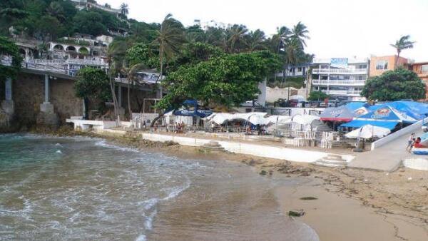 Playa Angosta Acapulco