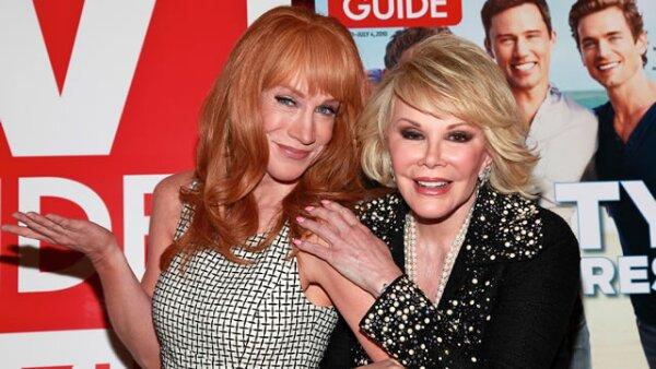 Con un comunicado la conductora principal del show que llegó a suplir a Joan Rivers tras su muerte se despidió del programa a dos semanas de la renuncia de Kelly Osbourne.