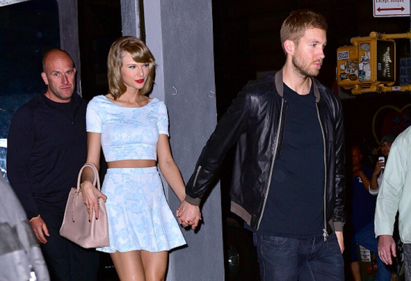 Luego de que la cantante fuera captada con su nuevo novio en el concierto de Selena Gomez, su ex decidió seguirla otra vez en la misma red social de la que borró las fotos en las que aparecían juntos.