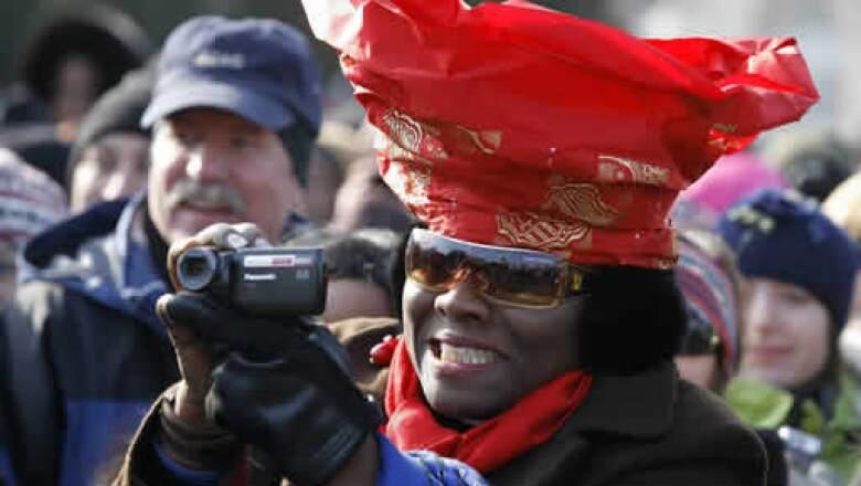 En video o fotografía, los asistentes no se perdieron la oportunidad de llevarse la imagen histórica desde su propia perspectiva.