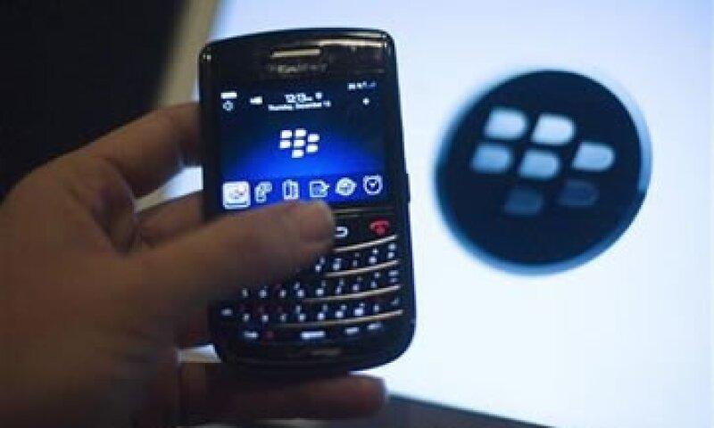 Blackerry reconoce que está perdiendo su característica de ser un teléfono para ejecutivos. (Foto: Reuters)