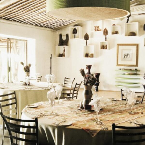 El restaurante Tala en Game Reserve, cerca de Durban, impone un estilo propio, como algunos restaurantes trendy de Johannesburgo y Cape Town.