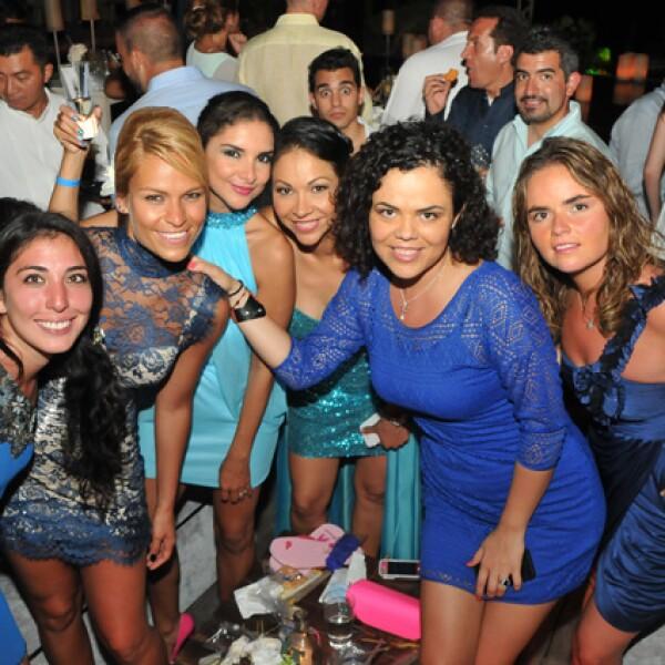 Vero Ibarra, Jenny García, Elsa Rentería, Rosario Dávila, Mariana Gómez del Campo,.