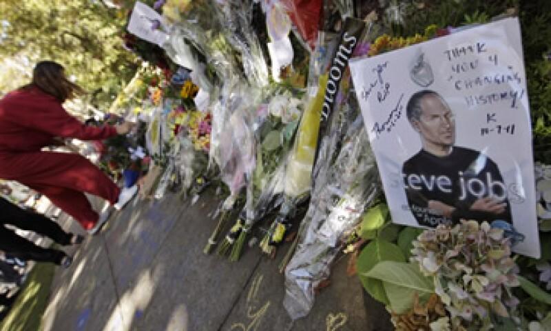 El destino de la humanidad será mejor por lo que Steve Jobs hizo, escribió un usuario de CNNExpansión. (Foto: AP)