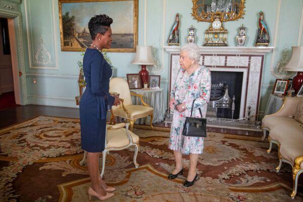 Alto Comisionado para Granada, Lakisha Grant y la reina Isabel II