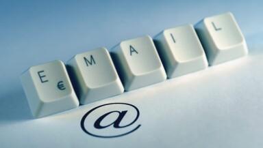Correo electrónico mail e-mail trabajo oficina internet arroba @ negocios