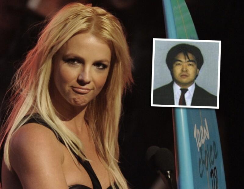 Al parecer Britney le rompió el corazón a Masahiko quien estaba profundamente enamorado de la princesa del Pop, por lo que en venganza la demandó.