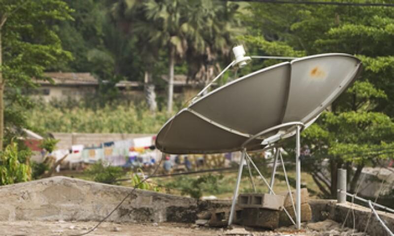 De continuar el avance de la televisión satelital, se estima que a mediano plazo rebasará al segmento de la TV por cable. (Foto: Photos to go)