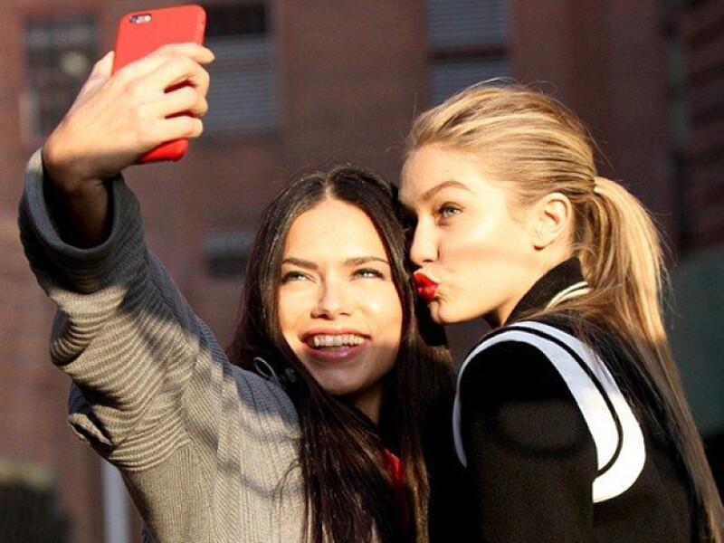Para que tus fotos vayan perfecto con la temporada, te recomendamos 5 aplicaciones con las que podrás editar tus selfies.