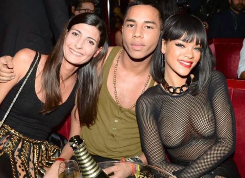 La foto del recuerdo con Rihanna tuvo un plus esta noche.