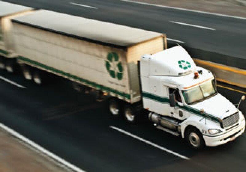 La autopista México-Puebla es la vía más peligrosa para los transportistas por los asaltos que ahí se realizan. (Foto: Alejandro Hernández Olvera)