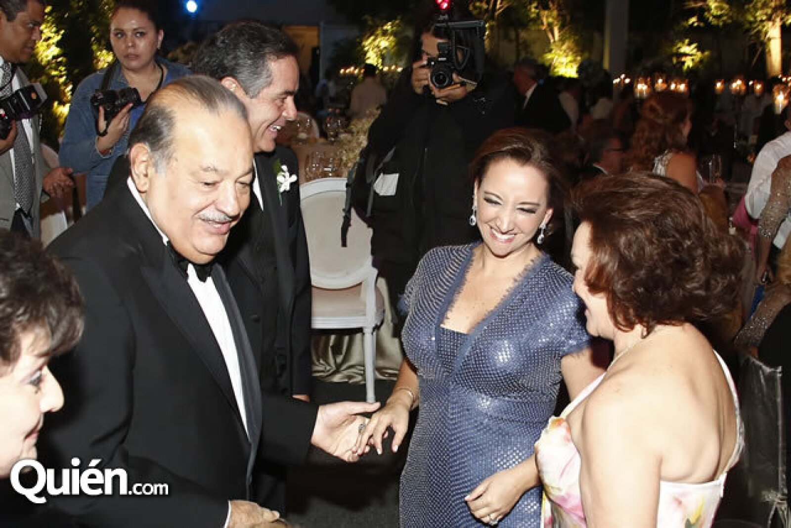 Carlos Slim, Daniel Goñi, Claudia Ruiz Massieu y Adriana Salinas